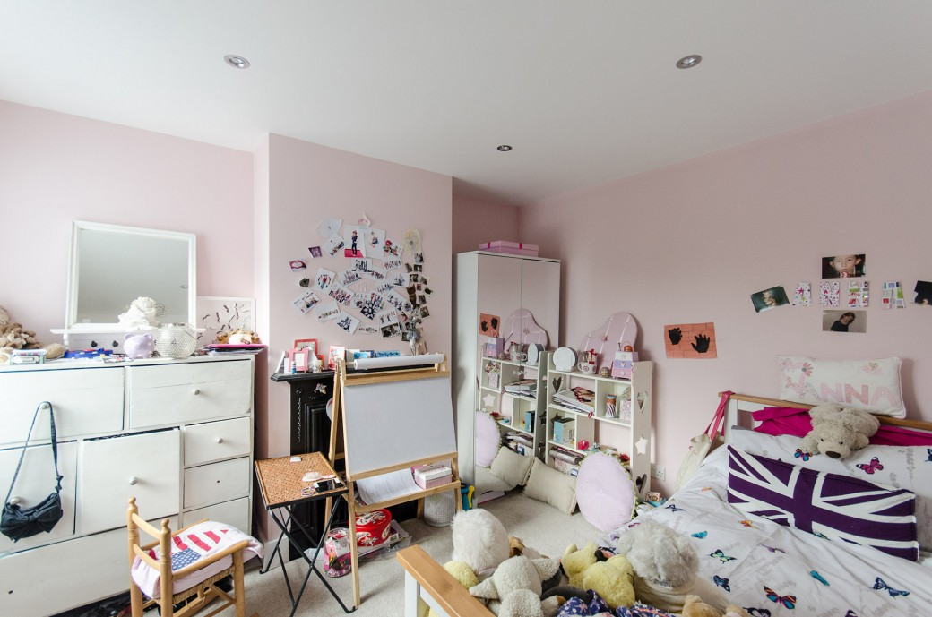 A great new girly bedroom