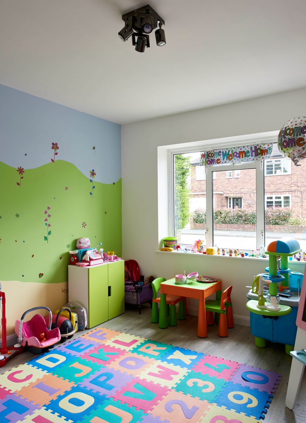 A fantastic children's play room
