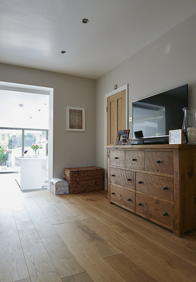 Home extension with view to outside