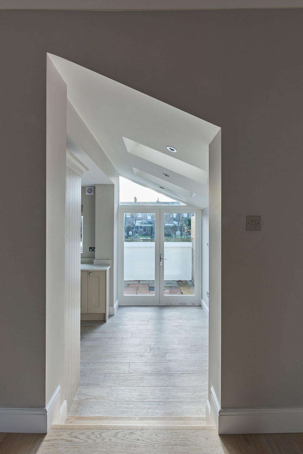 Diagonal door frame
