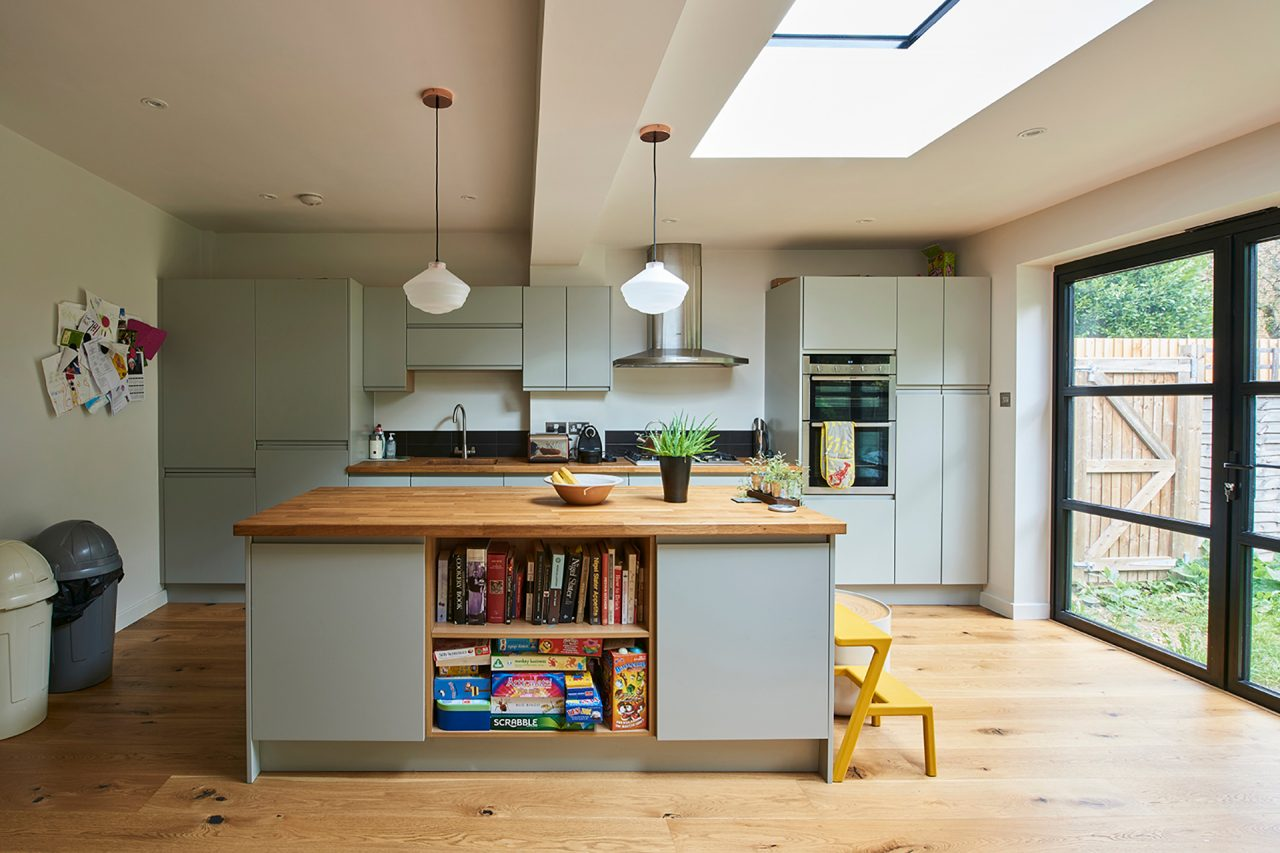 Contemporary kitchen setting with kitchen island